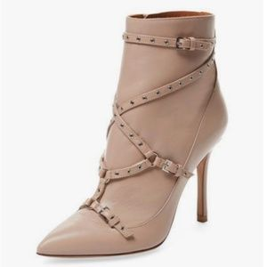 💥 VALENTINO Leather Love Latch Boots 37
